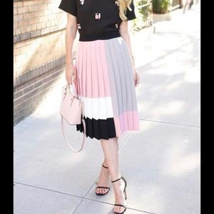 Kate Spade pleated midi skirt - Size 8